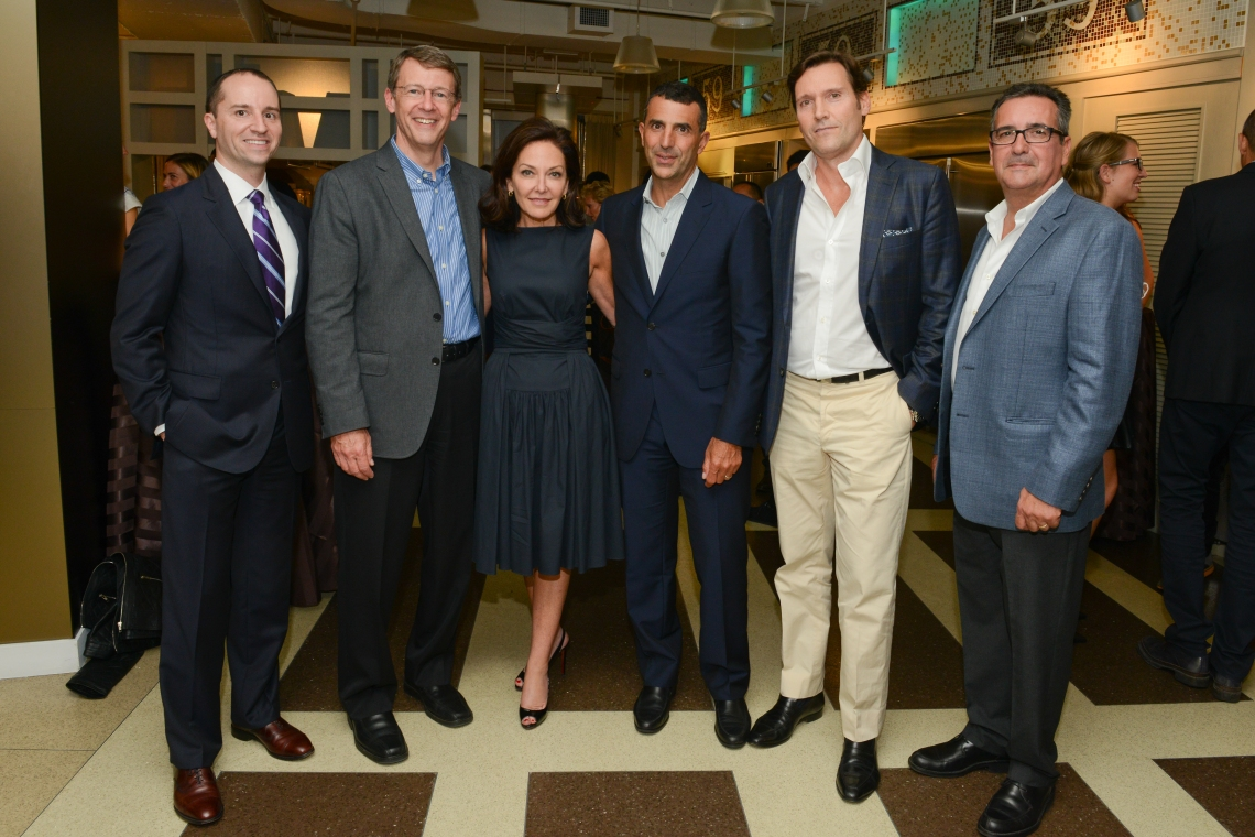 From left to right: Michael Mahan, Monogram GM; Lou Lenzi, GE Appliances Industrial Design Leader; Margaret Russell, Editor in Chief of Architectural Digest; Timothy Whealon, Timothy Whealon Interiors; Oswaldo Echevarria, artist